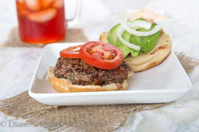 Jalapeno Bacon Burger {Dinners, Dishes, and Desserts}