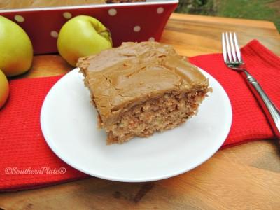 Mama Reed's Caramel Apple Cake