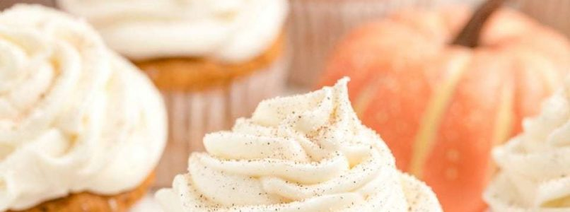BEST PUMPKIN SPICE CUPCAKES - Butter with a Side of Bread