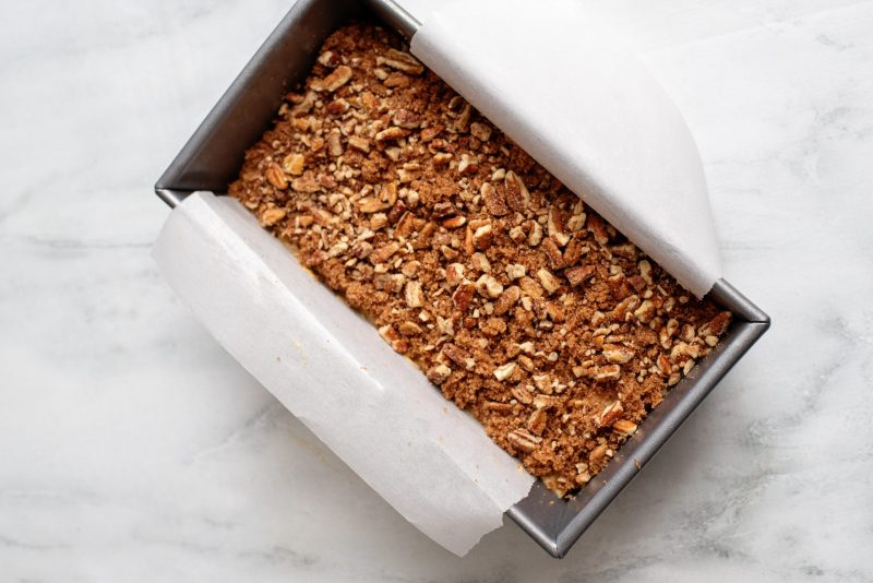 add pecans and cinnamon to top