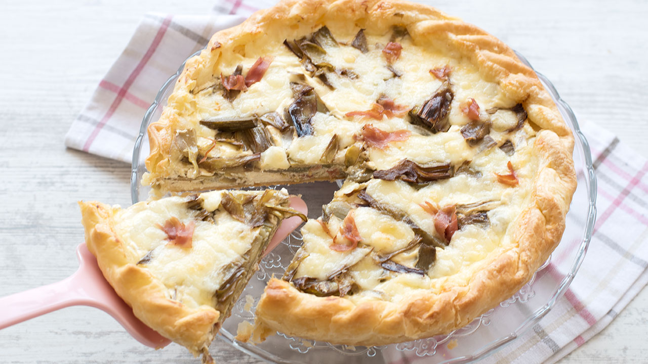 "Savory pie Artichokes speck and ricotta ""style ="" width: 640px;"