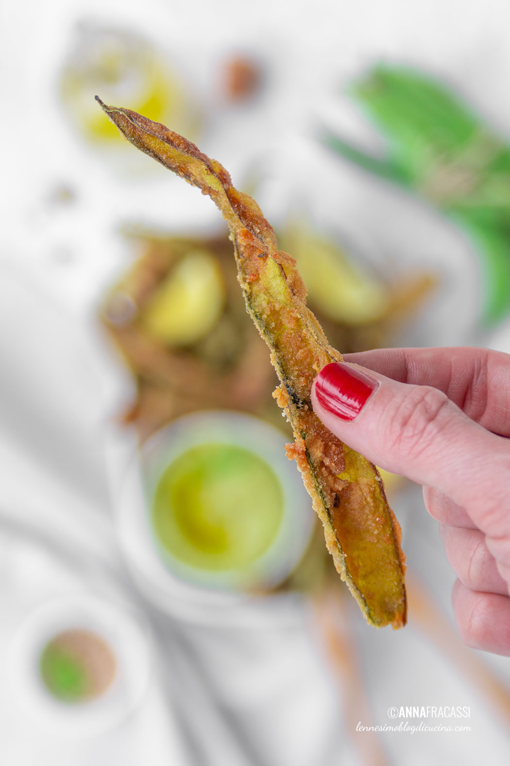Broad bean hummus and spiced pod finger food