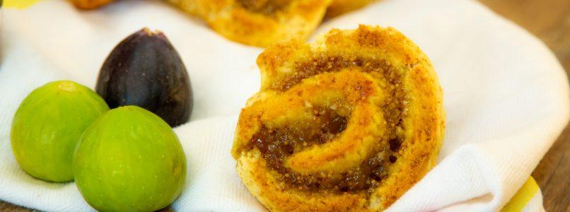 Yogurt Girelle Biscuits with Fig Jam