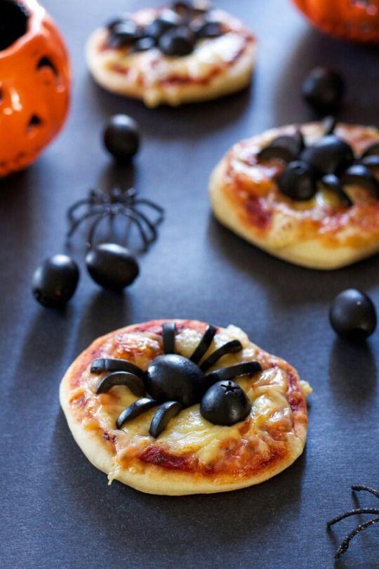 "5 recipes for Halloween ""width ="" 350 ""height ="" 525 ""srcset ="" https://www.gordon-ramsay-recipes.com/wp-content/uploads/_554_5-quick-and-easy-recipes-for-Halloween-Gordon-Ramsays-version.jpg 540w, https: // www .sempliceveloce.it / wordpress / wp-content / uploads / 2017/10 / spiderpizza-200x300.jpg 200w, https://www.sempliceveloce.it/wordpress/wp-content/uploads/2017/10/spiderpizza-280x420. jpg 280w ""sizes ="" (max-width: 350px) 100vw, 350px"
